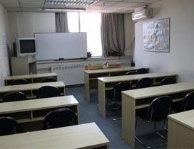 �R�M法�Z�W校教室