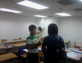 班主任在了解学生的学习情况